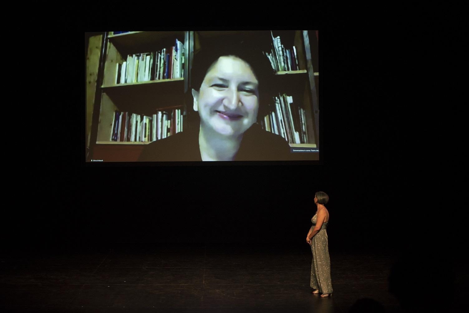 Premio Hystrio 2021 corpo a corpo, Silvia Gribaudi (foto Gabriele Lopez)